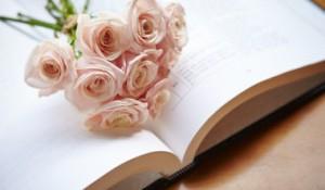 結婚式の電報の文例|定番からユニークまで使える文例20選
