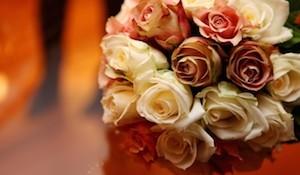 結婚式の席次表を手作りするときのコツと参考になる事例集
